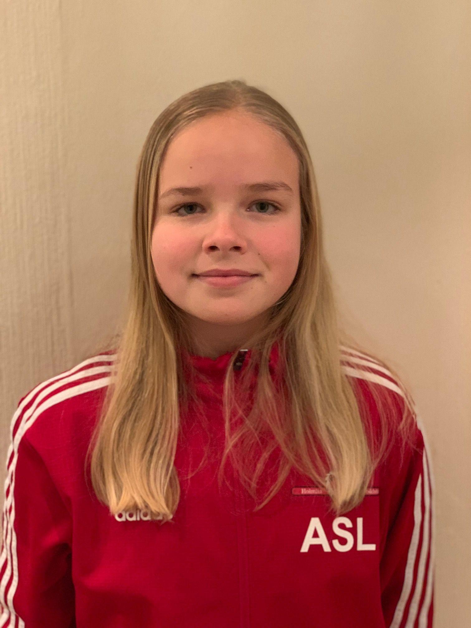 Amalie Skaug Lynga (13)
