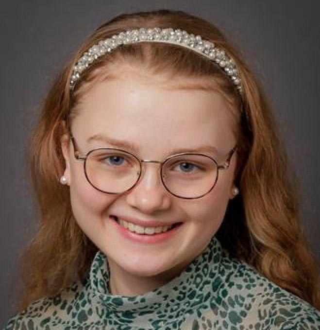 Malin Ekstrand (18)