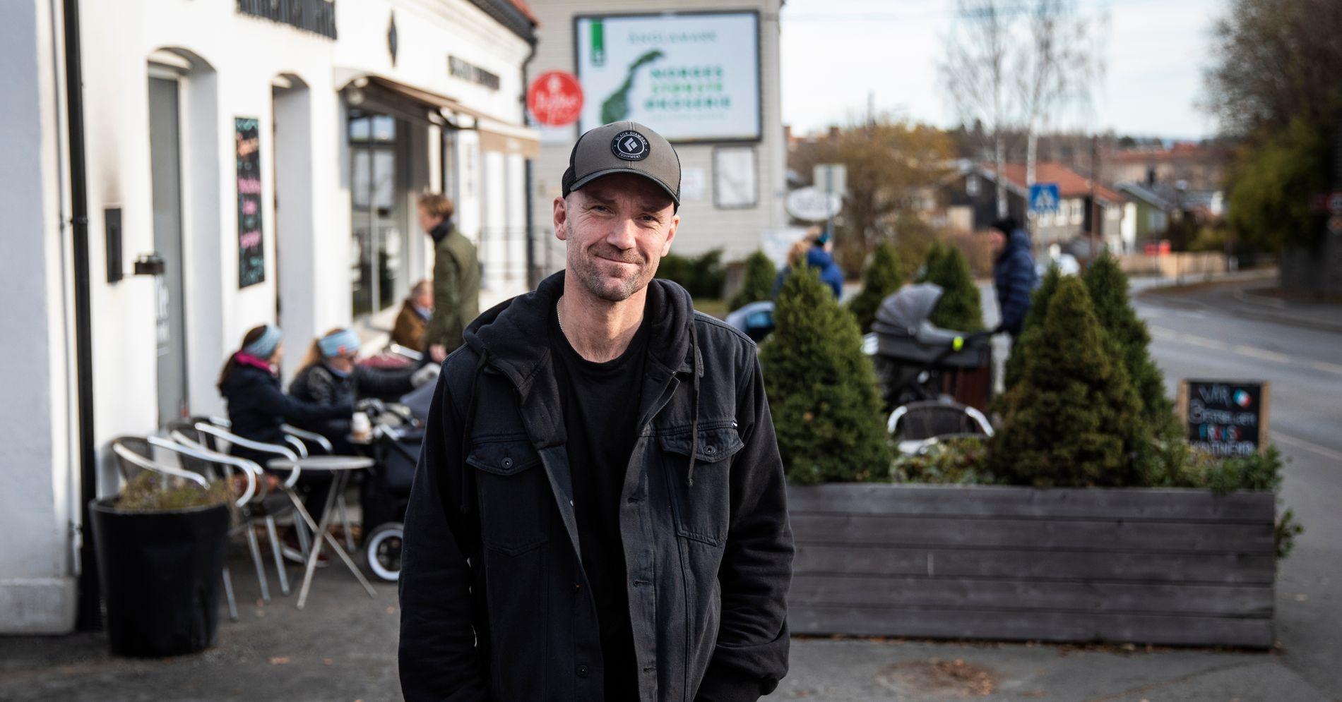 Han har solgt 25.000 billetter i Bergen i høst. Nå risikerer han å måtte jobbe dobbelt så hardt.